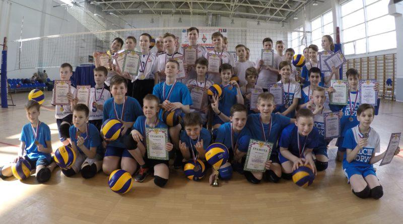 Серебро и бронза у юных Сертоловских волейболистов!